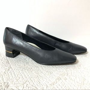 Selby Katrina navy shoes with gold insert sz 9